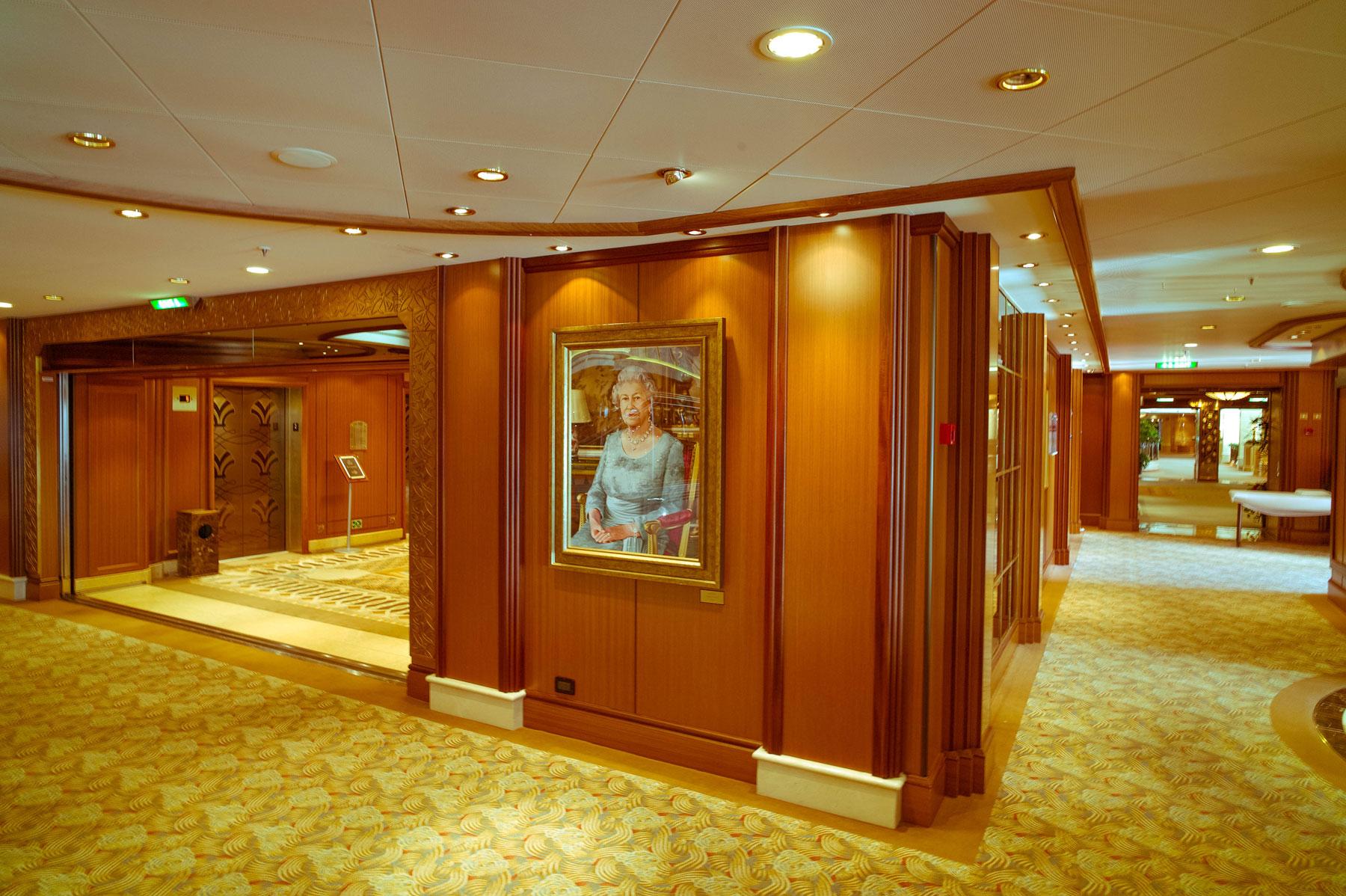 Innenraum mit Queen Foto